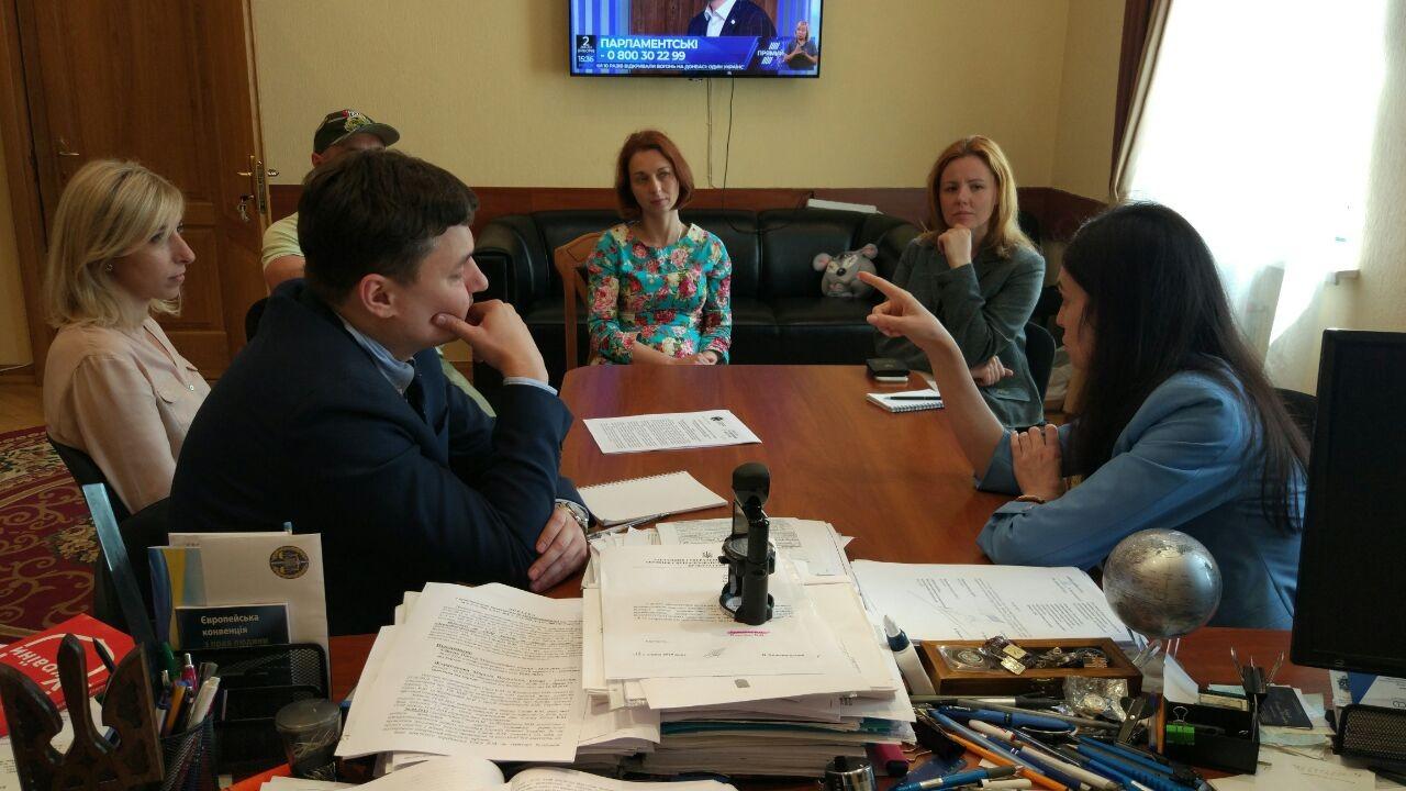 «НАБУ та САП мають комунікувати спільну позицію щодо розслідувань», — члени РГК